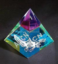 wholesale crystal glass pyramid customized