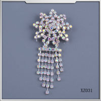 new design star shape metal copper welding crystal rhinestone brooch pins for wedding invitation