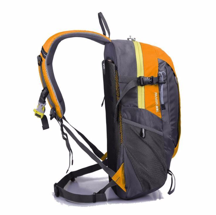 sports travelling backpack bag  (2).jpg