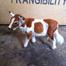 Outdoor garden decoration simulation vivid plastic cows to play with