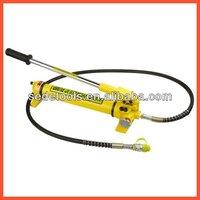 Manual hydraulic pump CP-700