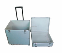 the cheapest box-type flight case aluminum trolley with playing card and dice and dealer,logo print,chips card set