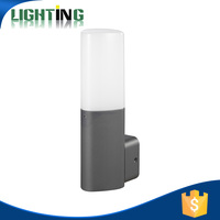 Die-casting aluminium outdoor wall light with E27 B22 lamp holder