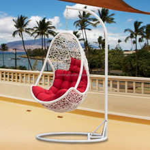leisure patio rattan hanging swing chair is design for outdoor Patio garden