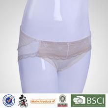 Vente chaude belle femme en sous - vêtements transparente