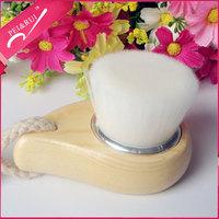 Factory Supplied Natural Pine Handle White Fiber Bristles Pore Cleansing Facial Brush