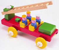 2015 new design wooden toys fire engine for kids