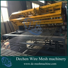 High quality pneumatic breed aquatics row welded galvanized wire mesh machine made in China