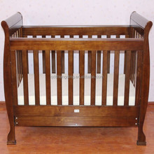 Top quality wooden sleigh baby cot with safety standard