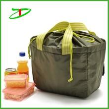 Oversized insulated beach cooler, aluminum foil lining picnic cooler bag