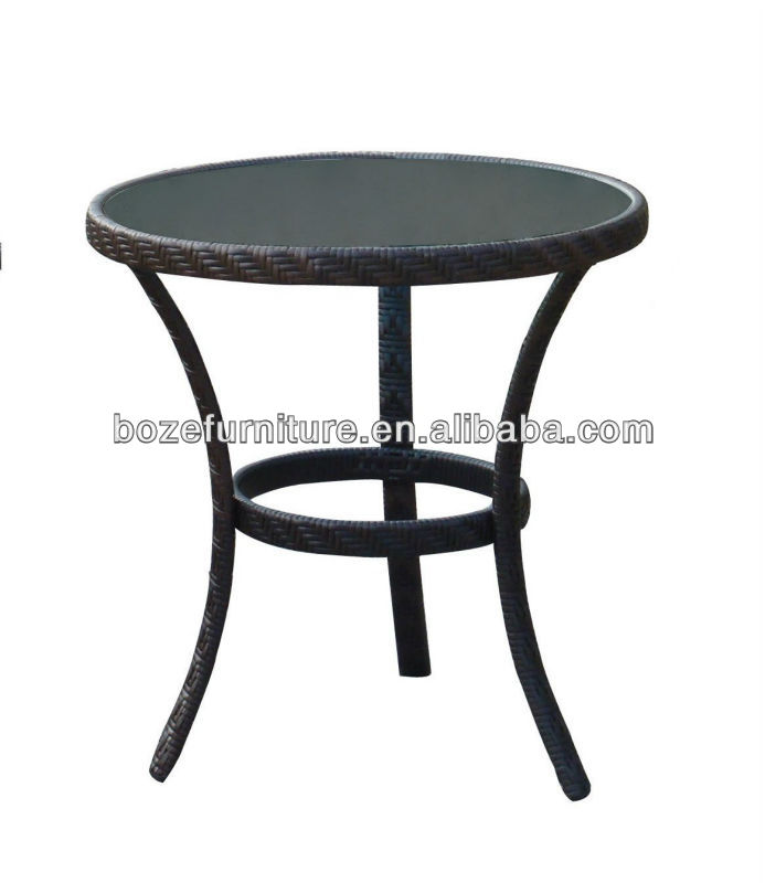 Round hotel tables garden furniture outdoor furniture for Table 6 kemble inn