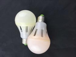 Low price High lumen 360 degree 120lm/w E26 AC85-185v LED pvc A19 bulb
