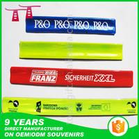 new fashion reflective plastic roll up bracelets