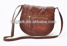 Vintage Flip Aslant Female Bag