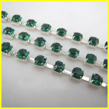 Factory Direct Sale Beautiful Fashion Crystal Rhinestone Cup Chain Trimming For Dress Garment accessory