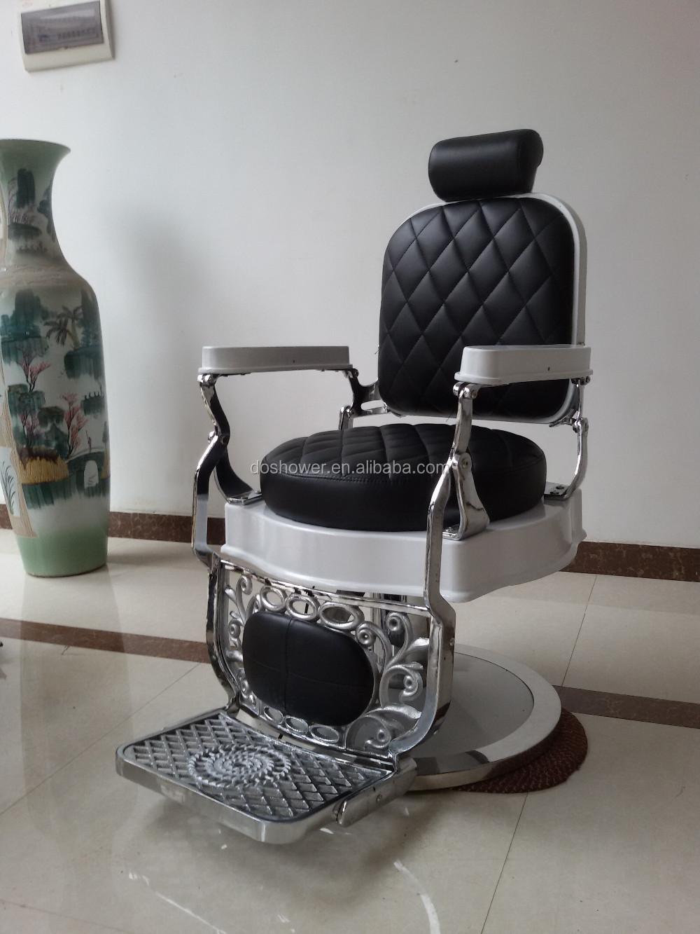 DS-T250 - Doshower Hairstylist Gold Styling Chair Vintage Salon Barber Chair