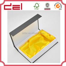 Cardboard folding box