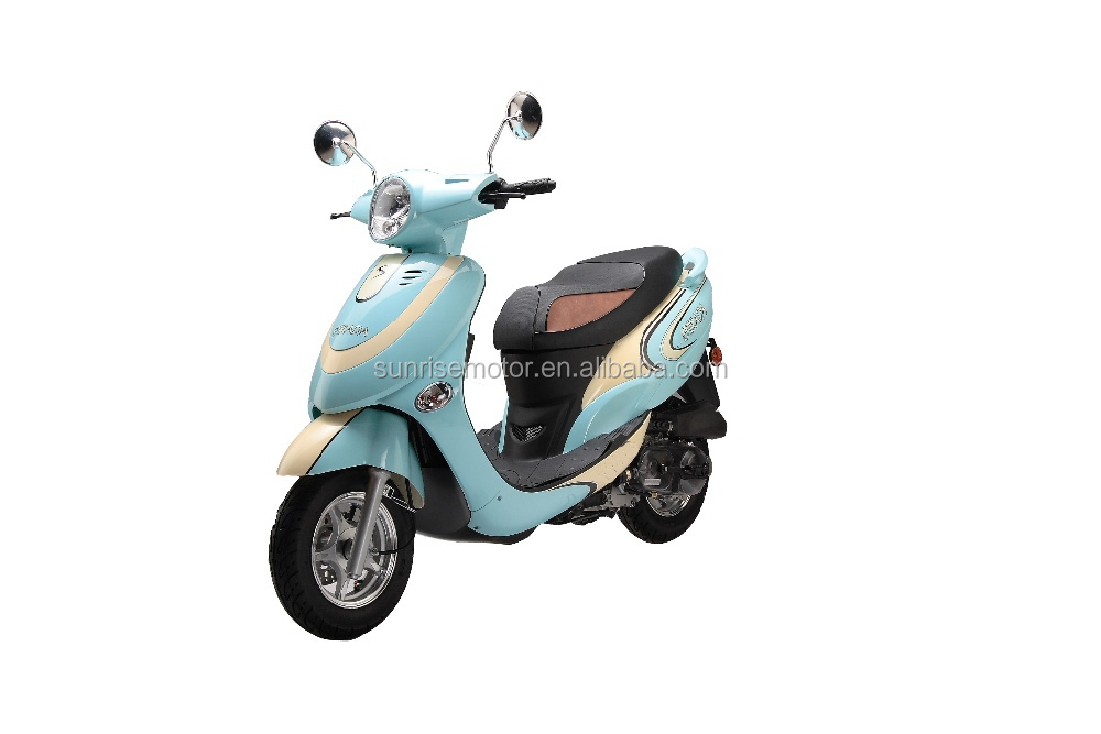 vespa gas scooter moped bike strada 50cc buy vespa. Black Bedroom Furniture Sets. Home Design Ideas