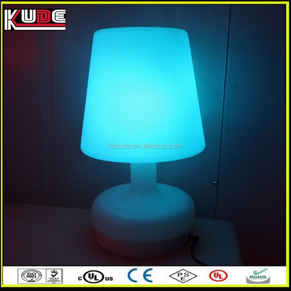 changement de couleur led lampe de chevet lampe de table. Black Bedroom Furniture Sets. Home Design Ideas