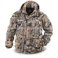 Camo hunting wear for men