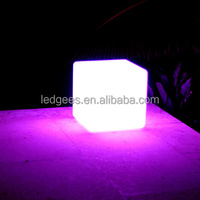 IP 68 Water proof rechargeble PE Materia Led Cube light stools size 25cm*25cm*25cm