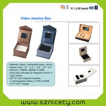 2015 nuevo vídeo tarjetas publicitarias 4.3 pulgadas / LCD / Video blanco libro / carga del usb
