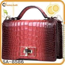 2015 top layer spring new classical Alligator Pattern leather shoulder bag, handbag
