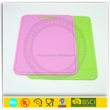2015 newest funny colorful antibacterial plastic/wooden chopping board with promotional price