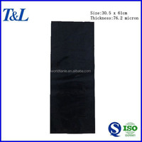 Size 1ft x 2ft (30.5 x 61cm) thickness 0.0762mm(76.2 micron) LDPE black plastic garbage bag on stock