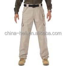 Cargo pockets pants for workers