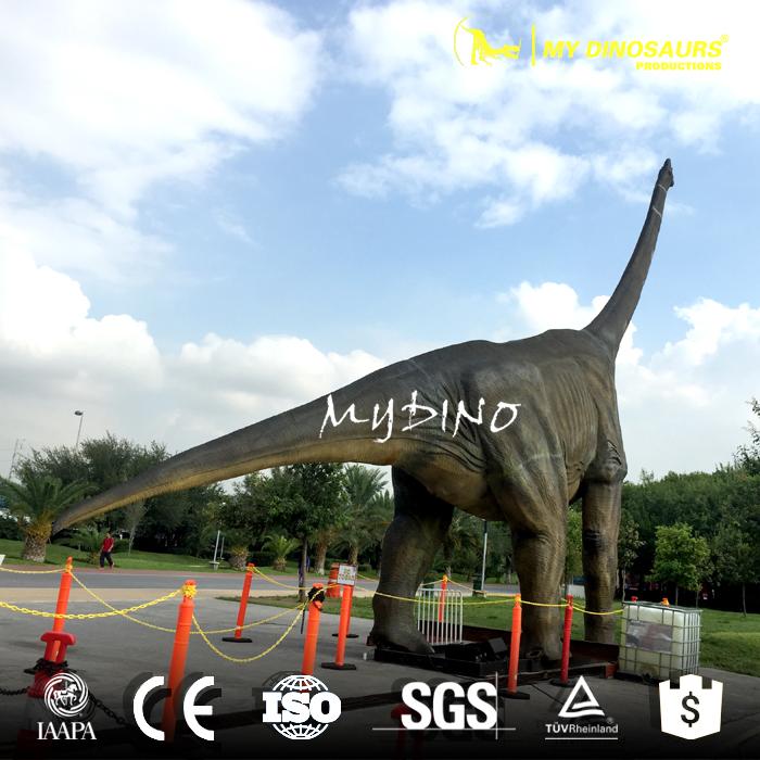 large dinosaur model.jpg
