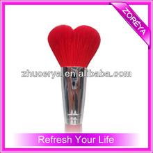 de color rojo del pelo de los animales zoerya en forma de corazón cepillo del maquillaje
