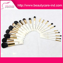 Wholesale low price high quality disposable makeup brushes
