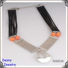 bohemia de cuero negro de malla de cuerda collar