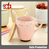 2015 popular ceramic cup mug wooden cover milk cup