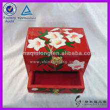 lacquer box Japan art/wood crafts