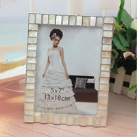 Factory sale quality funia photo frame white frame photos beautiful photo frames for family/wedding /sexy picture home decor