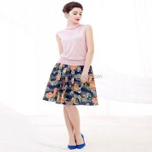 แฟชั่นผู้หญิงสีชมพูเสื้อถักเสื้อกั๊กรูปแบบ