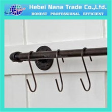 factory which have more than 15 years experience expespecialty produce the hooks