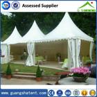 tenda pavilhão pré-fabricado no jardim