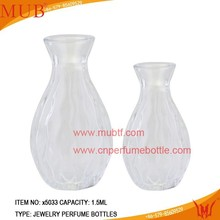 Supply hot selling protects bowling shape glass perfume diffuser bottle empty aroma diffuser glass bottle