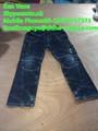 Les hommes en gros jeans pas chers, balles de vêtements usagés, vêtements usagés au canada