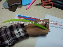 soft Silicone green grass leaf shaped ball point pen