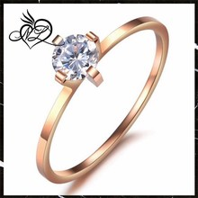 Fashion Stainless Steel Finger Ring Bands Rings Round Crystal Lady Jewel Gold Bands 1mm Width Engagement Gilf For Women