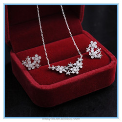 MECY LIFE 2015 wholesale fashion elegant women flower full diamond anniversary jewelry sets jewellery