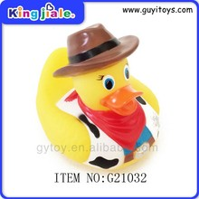 Wholeasle OEM fashion top best quality super safty rubber duck toy