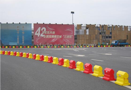 Rubber Water Barrier : Rubber water barrier plastic fill barricades road