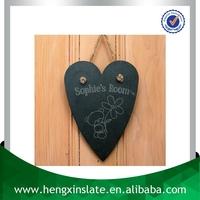 Handmade Heart Shape 28*20*0.5cm Christmas Decorative Natural Stone Slate Art Crafts Wall Hanging (Customized Laser Design)