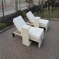 muebles de playa tumbona de mimbre sol