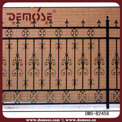 outdoor iron railings prices for terraces/yard fence manufactor price